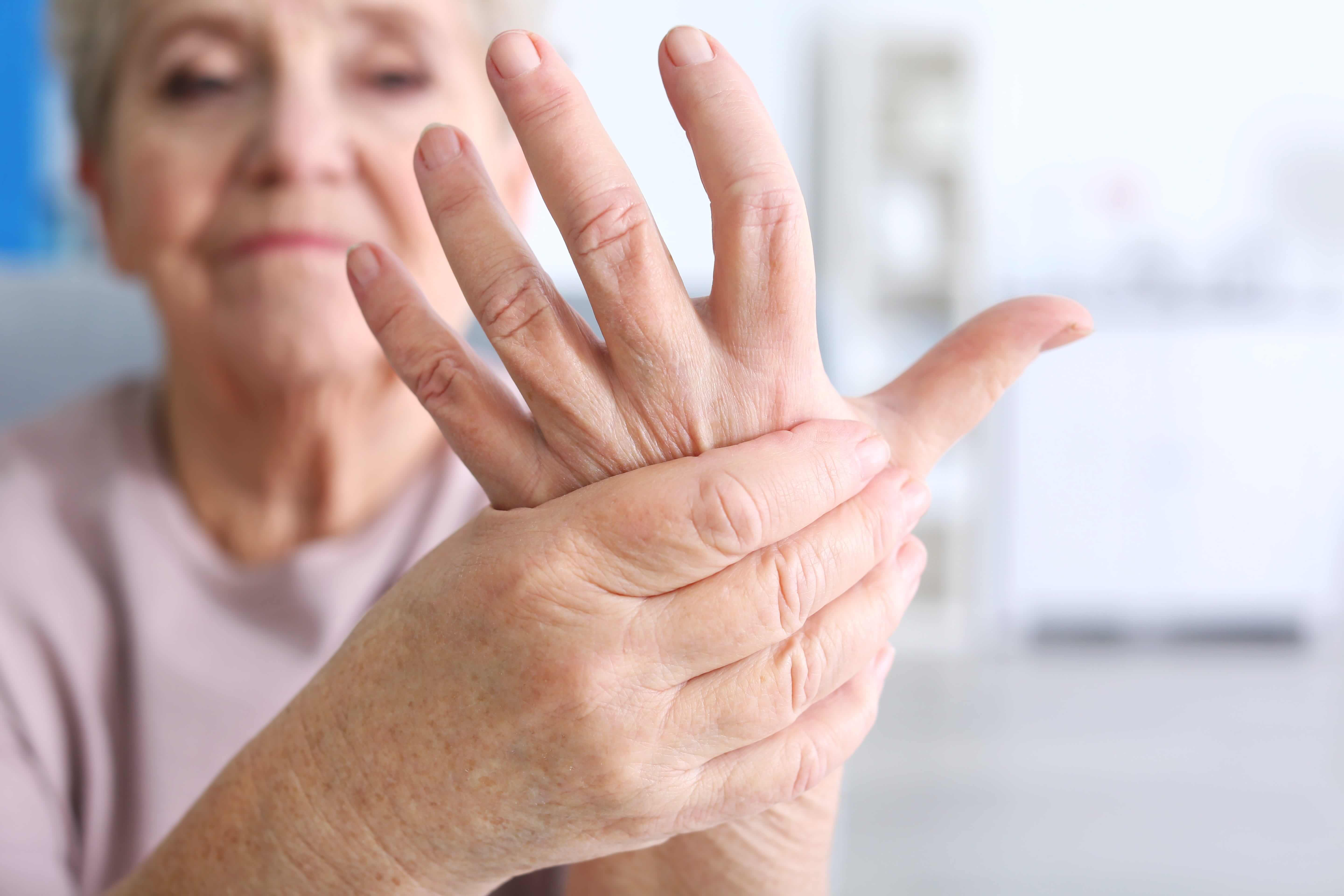 how physical therapy can help you relieve your arthritis pain